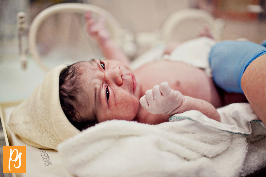 101230-BabyBirthday-0008-IMG_3728-edit