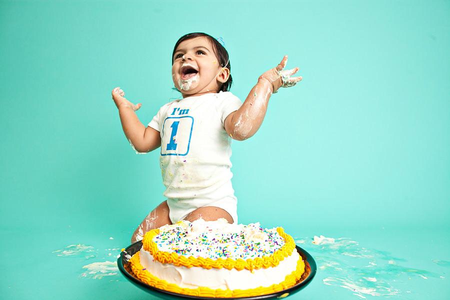 111227-CakeSmash-051-IMG_5272