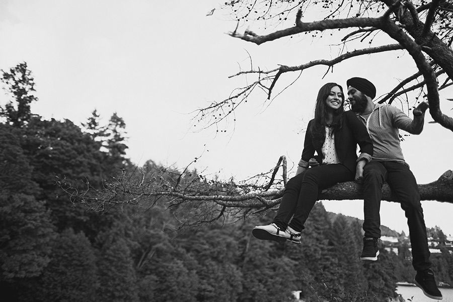 Engagement Photos at Whytecliff Park